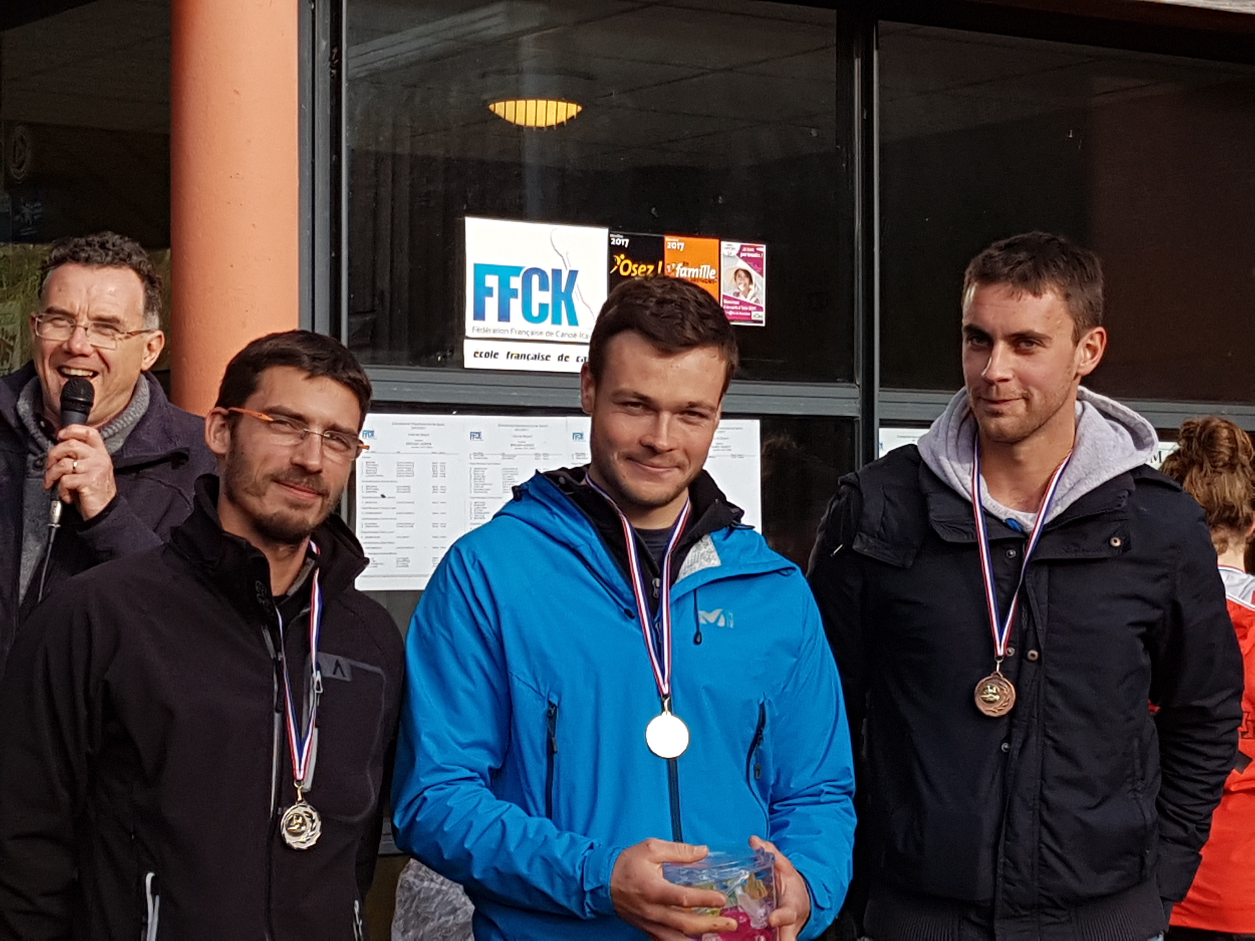 Podium senior LRD